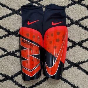 Nike Mercurial Lite Soccer Shin Guards